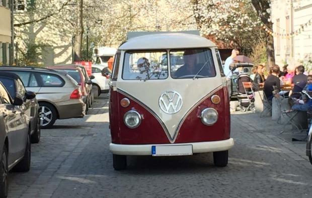oldtimer-vw-fahren-muenchen-bulli