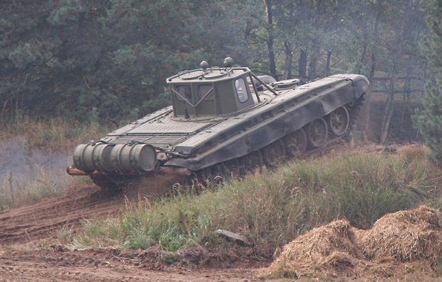panzer-fahren-mahlwinkel-militaer