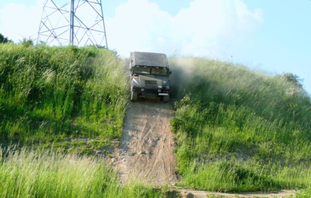 gelaendewagen-offroad-fahren