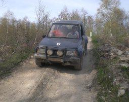 Jeep Offroad Großalmerode Geländewagen (Lada oder Suzuki) - 3 Stunden