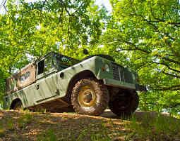 Offroad Day Quad, Land Rover S III und Truck offroad fahren - 1,5 Stunden