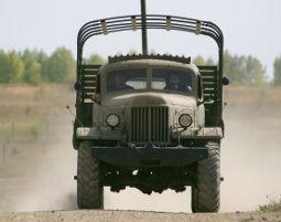 truck-offroad-fahren