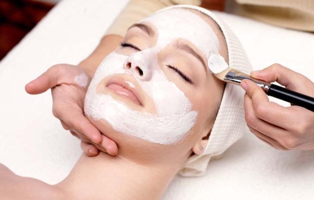 wellnesstag-leverkusen-fuer-zwei-maske
