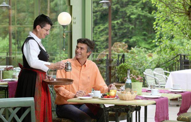 fruehstueckszauber-fuer-zwei-unterreichenbach-freundlich