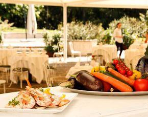Schlemmen & Träumen - 1 ÜN - Levico Terme Grand Hotel Imperial - 4-Gänge-Menü, Grappa Verkostung