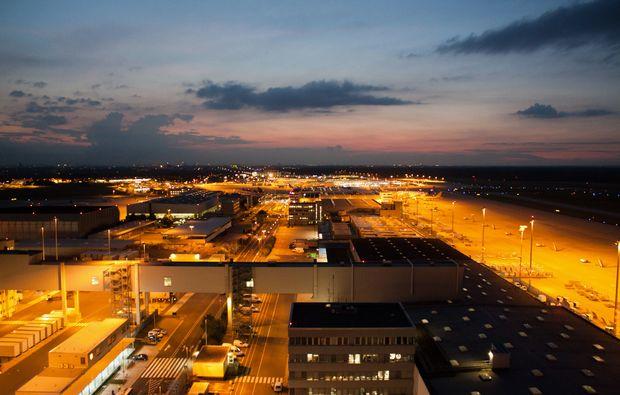 privatrundflug-mit-flugtheorie-moenchengladbach-nacht