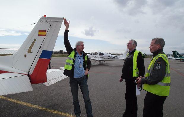 privatrundflug-mit-flugtheorie-moenchengladbach-sicherheit