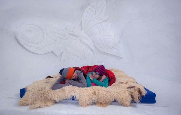 romantik-iglu-uebernachtung-kuehtai-gemeinsamzeit