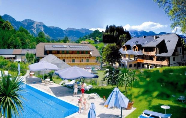 wellnesshotels-schladming-pool