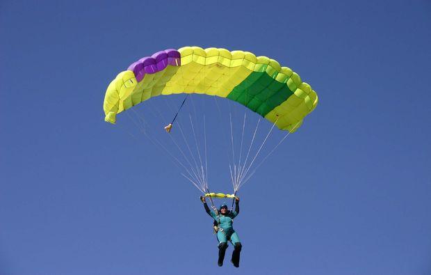 fallschirm-tandemsprung-michelstadt-vielbrunn-gleiten