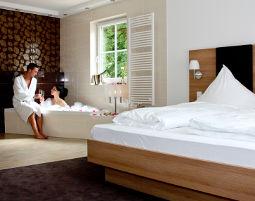 Flitterwochenende - 1 ÜN - Private Sauna Hotel Rössle Berneck - 3-Gänge-Menü