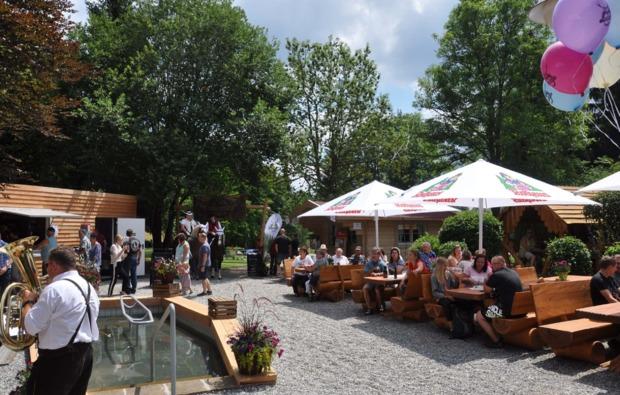 cube-uebernachtung-lenzkirch-kappel-cafe