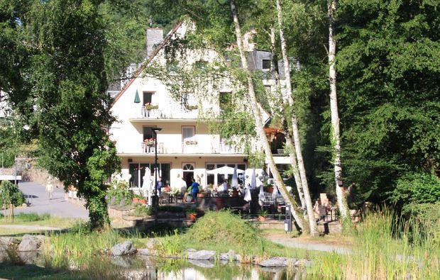 kurzurlaub-bad-bertrich-hotel
