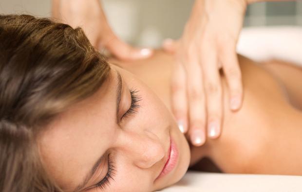 ganzkoerpermassage-seelze