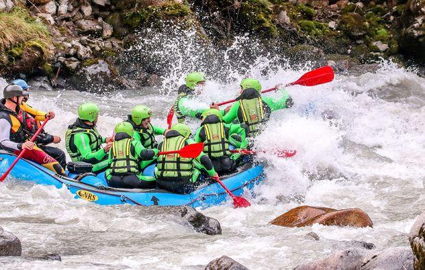 canyoning-rafting-wochenende-tour-haiming-rafting-auf-dem-inn