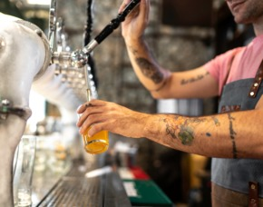 St. Pauli Biertour von 6-7 Sorten Bier, geführte Stadtteiltour