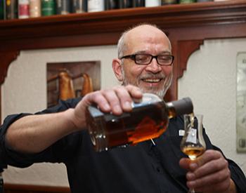 Whisky Tasting Weltreise Idstein von 7 hochwertigen Whiskys, inkl. Wasser