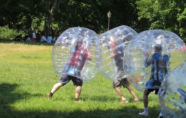 bubble-football-nuernberg-action