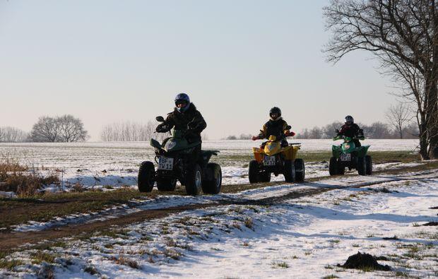 quad-tour-knuellwald-feldweg