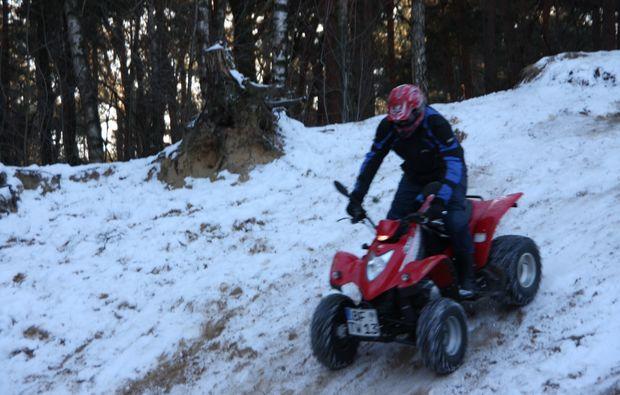 quad-tour-knuellwald-schnee
