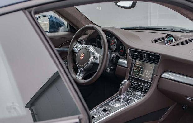 porsche-911-fahren-overath-cockpit
