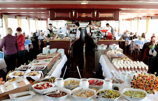 minikreuzfahrt-fuer-zwei-passau-wien-buffet