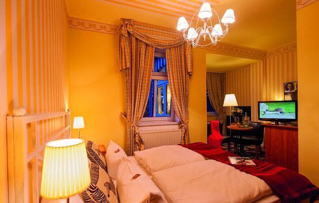 romantikwochenende-neuhaus_big_2
