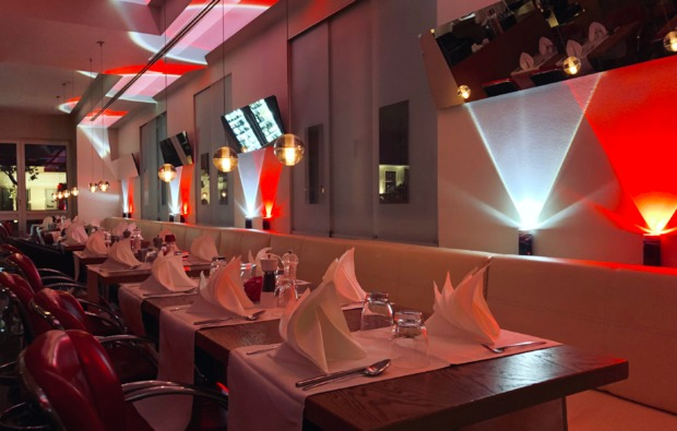 candle-light-dinner-deluxe-gruenwald-restaurant