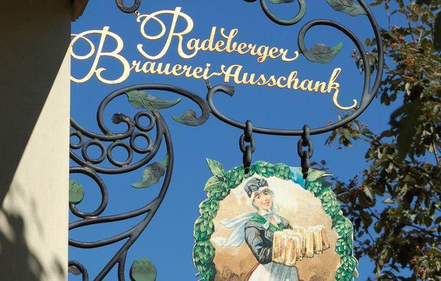 kurztrip-fuer-bierliebhaber-radeberg-brauerei