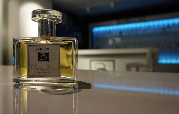 parfum-selber-herstellen-leverkusen-gruener-flakon