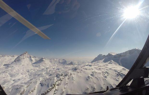 hubschrauber-rundflug-salzkammergut-ausblick