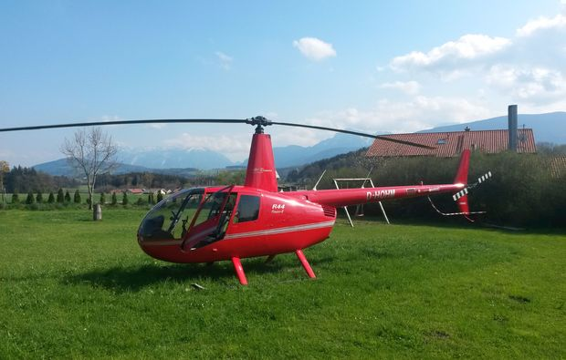 hubschrauber-rundflug-salzkammergut-sommer