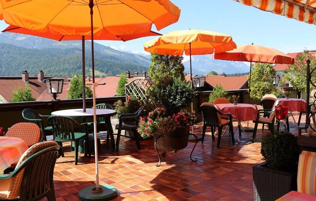 aktivurlaub-reit-im-winkl-terrasse
