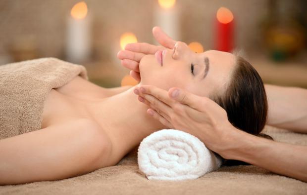 ayurveda-massage-baden-baden-bg3
