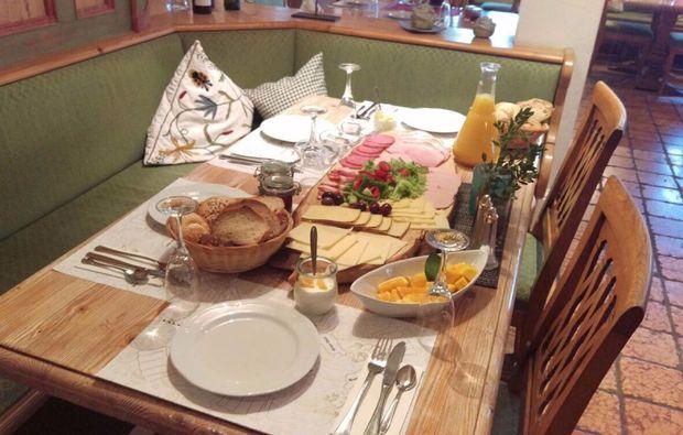 romantikwochenende-reit-im-winkl-restaurant