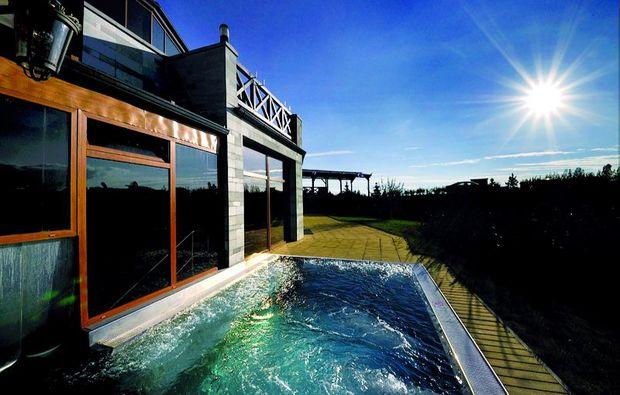 wellnesshotels-vek-lomnica-pool1480512872