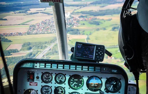 hubschrauber-rundflug-braunschweig-cockpit