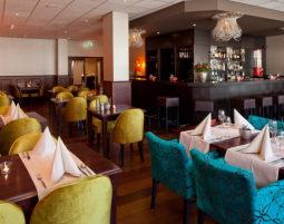Bar_Restaurant_a21306226996