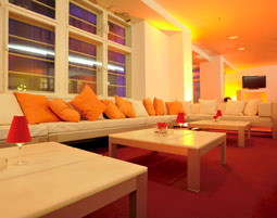 12-lounge-ellington-hotel