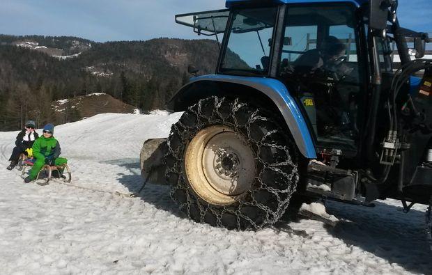 schneeschuh-wanderung-reit-im-winkl-abfahrt