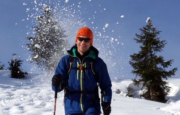 schneeschuh-wanderung-reit-im-winkl-schnee