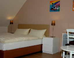 4-zauberhafte-unterkunft-hotel-berghof-apelern