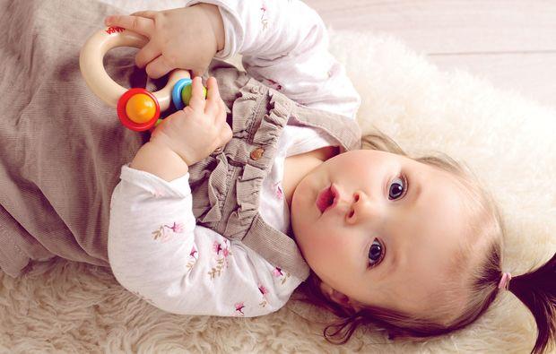 familien-fotoshooting-hagen-baby-maedchen