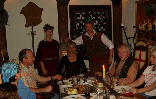 ritteressen-historisches-dinner-rinteln-teilnehmer