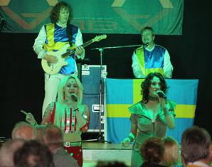 ABBA–Dinnershow - 3-Gänge-Menüffet - Landgasthof Lostau - Lostau Landgasthof Lostau - 3-Gänge-Menüffet, inkl. Begrüßungssekt