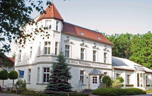 romantikwochenende-kyritz-hotel-waldschloesschen