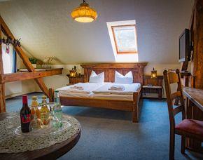 Kuschelwochenende (Voyage d´Amour für Zwei) Hotel & Restaurant Waldschlösschen - 4-Gänge-Candle-Light-Dinner