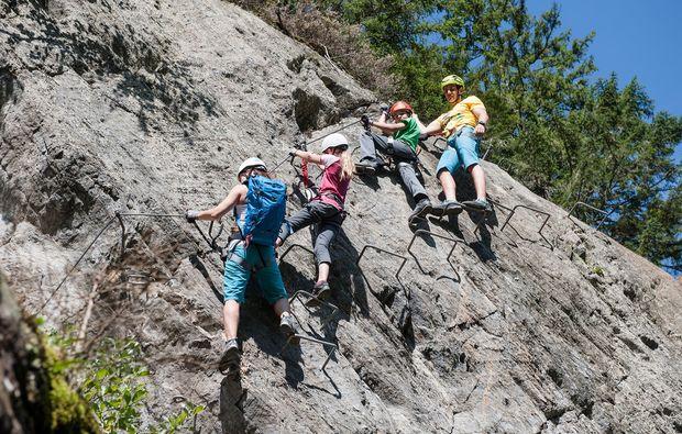 klettersteig-mayrhofen-klettern
