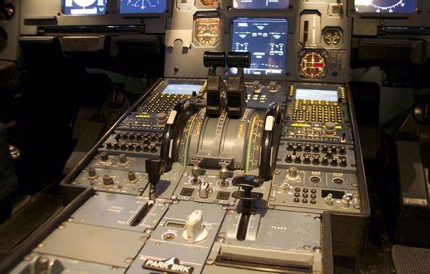 full-flight-simulator-berlin-schoenefeld-erlebnis