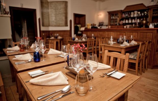 leipzig_trabi-tourcandle-light-dinner-romantik